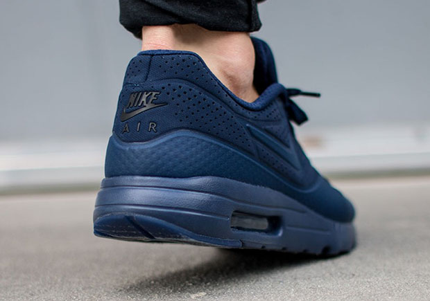 nike-air-max-ultra-moire-midnight-navy-3